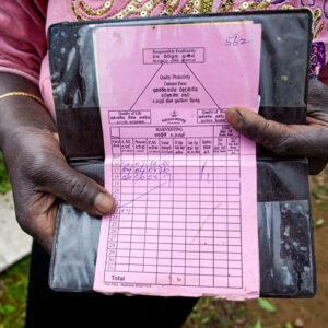 Progetto fotografico le madri di Ceylon di Francesca Guarnaschelli documento