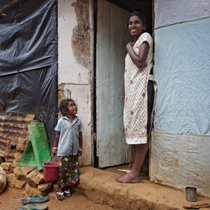 Progetto fotografico le madri di Ceylon di Francesca Guarnaschelli madre figlio