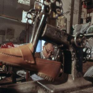 Artigiani a Roma Calzolaio